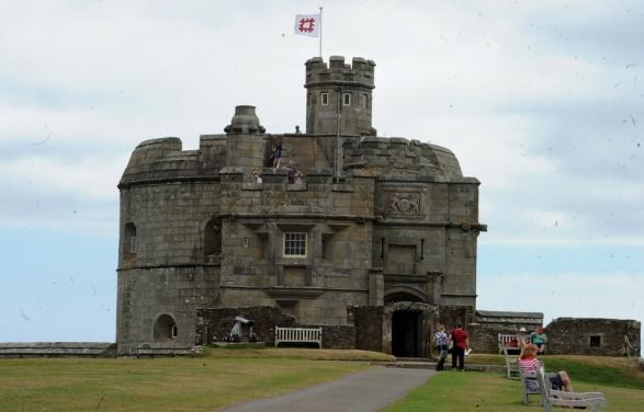 pendennis castle 001